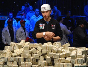 Peter-Eastgate_-2008-WSOP-Main-Event-Champion1